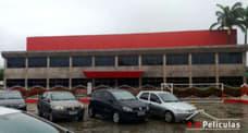 Remoção e aplicação de película em janelas , na fábrica da Iquine em Jaboatão dos Guararapes,